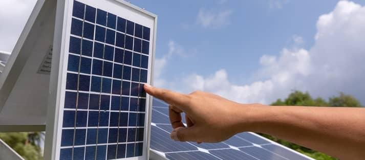¿Cuántas placas solares hacen falta para una vivienda?